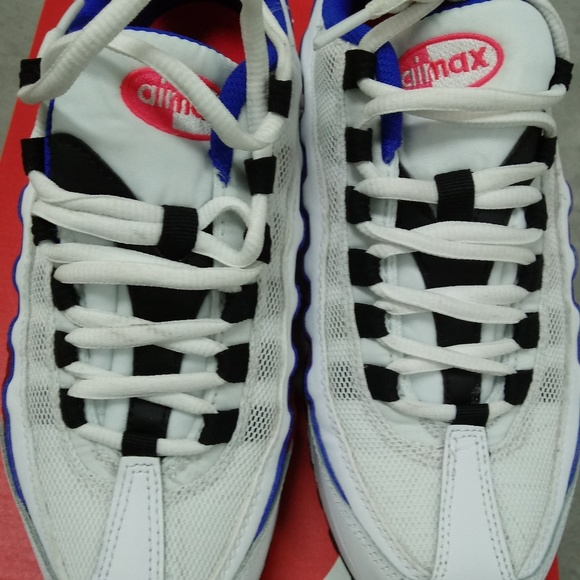 Size 5y nike air max 95 blkbluewhite solar red
